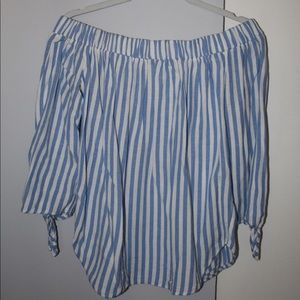 Tops - Off the shoulder stripped shirt